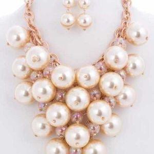 Cream Pearl Necklace